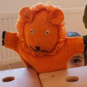 Filz Handpuppe Löwe für Kinder aus dem Waldkindergarten